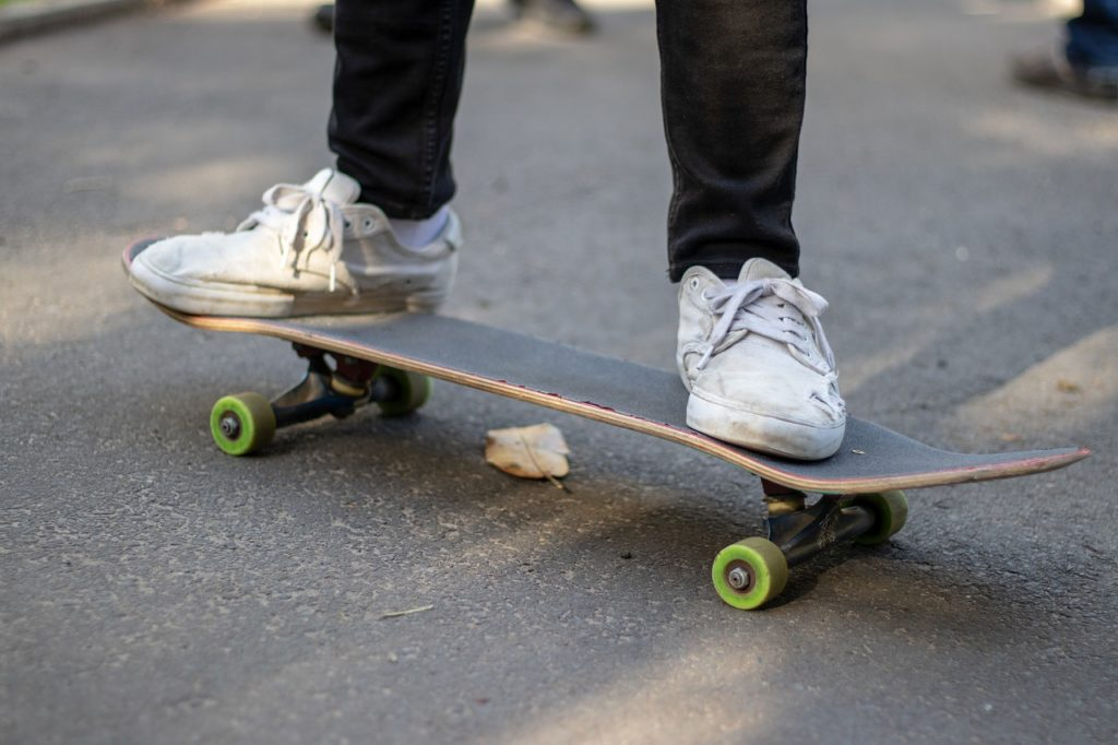 How to Balance on a Skateboard
